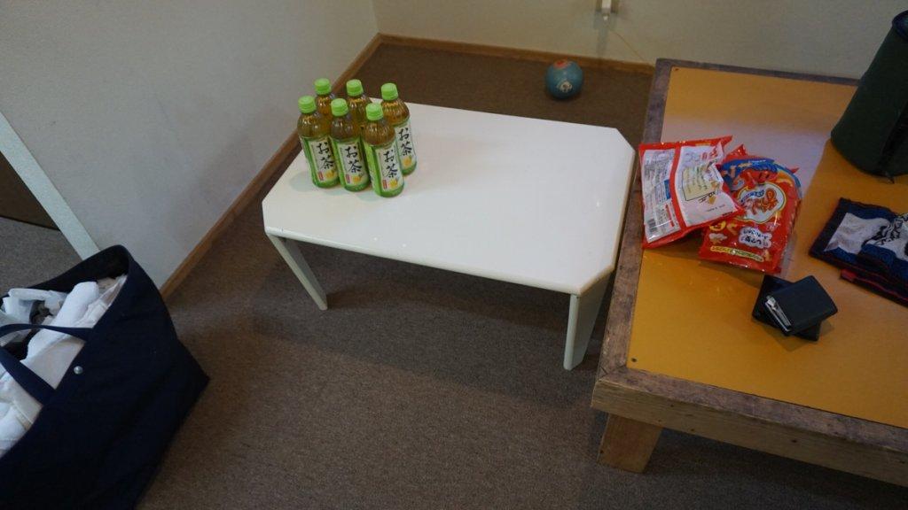 タロリン村テーブル